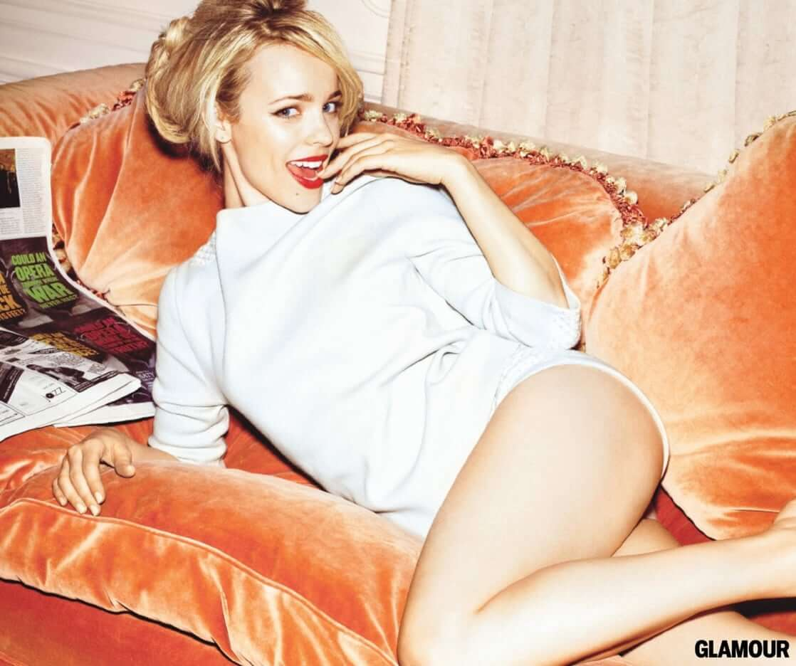Rachel McAdams hot thigh