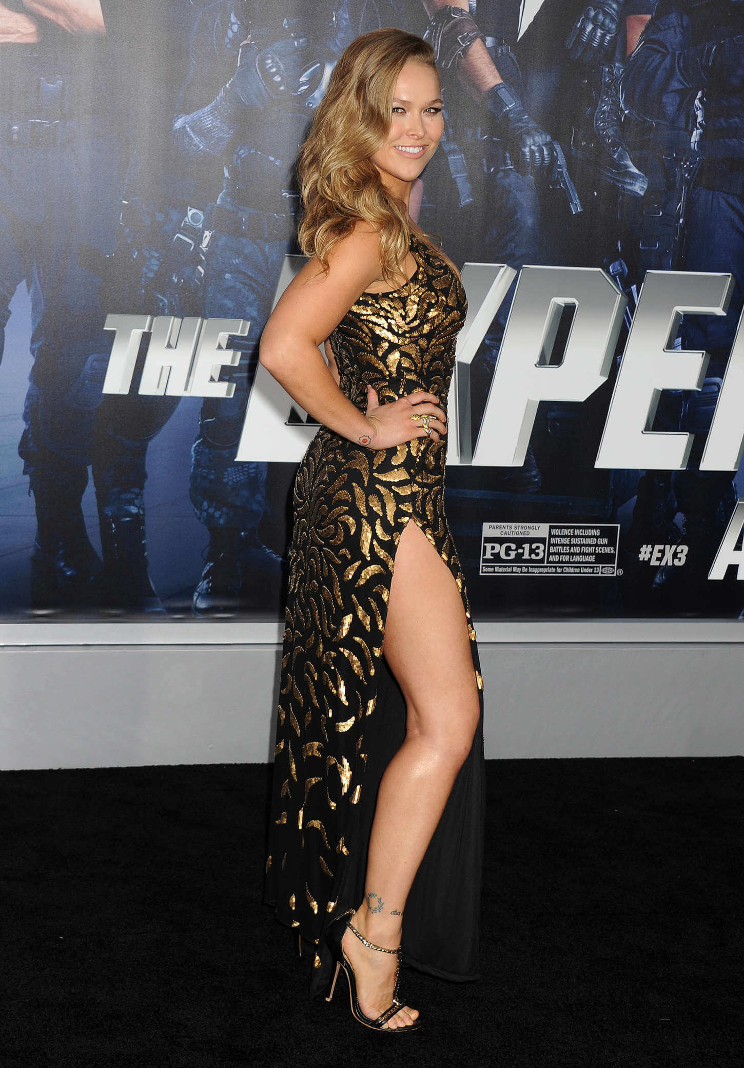 Ronda-Rousey-legs-beautiful-pic