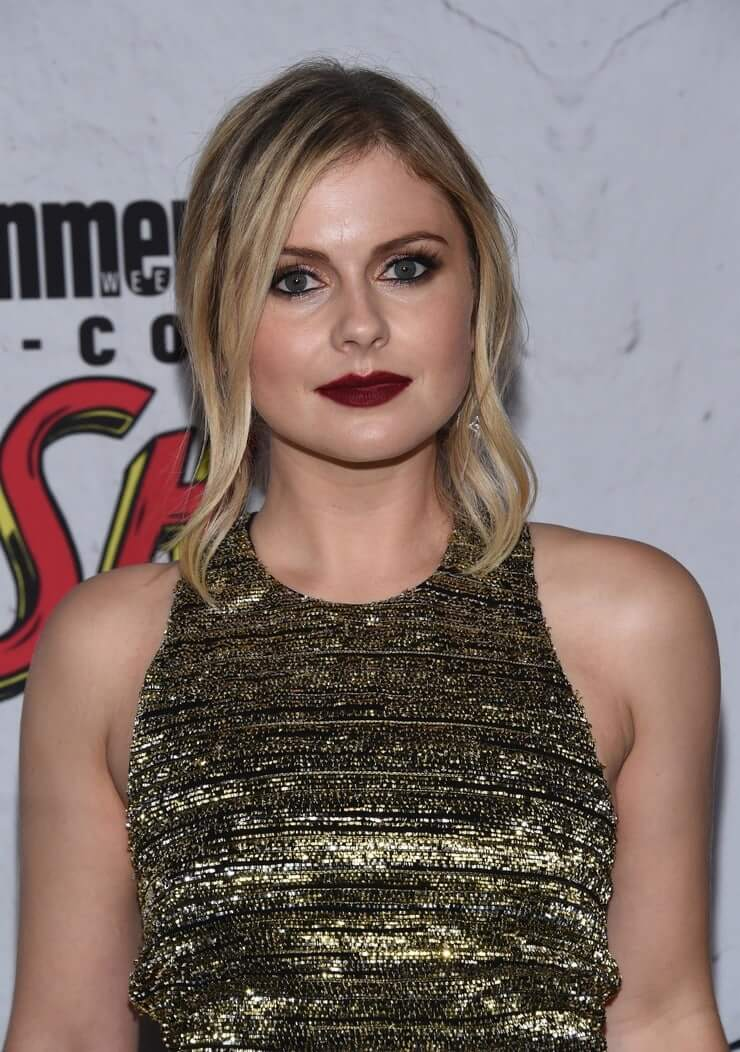 Rose McIver sexy red lips
