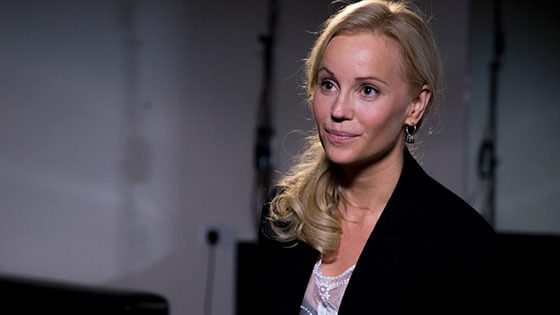 Sofia Helin hot pictures (3)