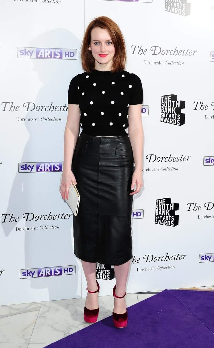 Sophie McShera black dress pic (2)