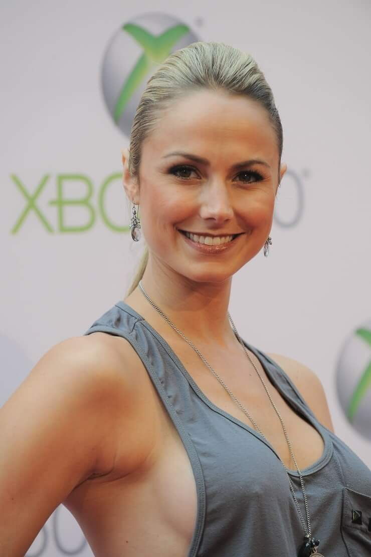 Stacy Keibler sexy smile (1)