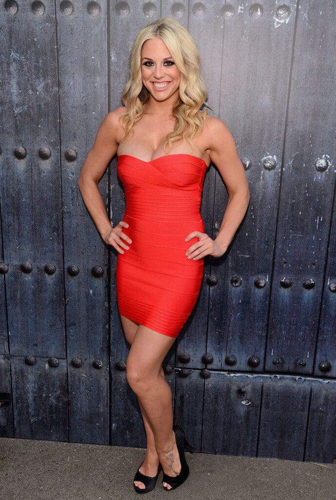 Taryn Terrell sexy hot dress