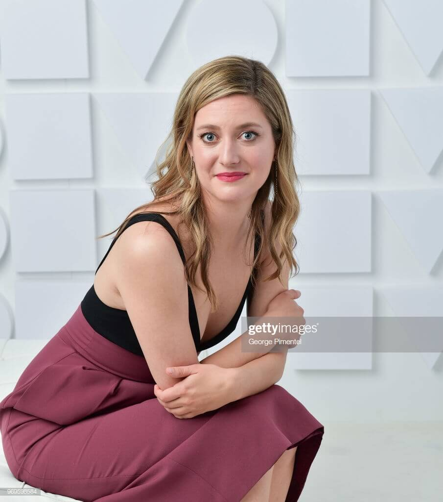 Zoe Perry Age Complete