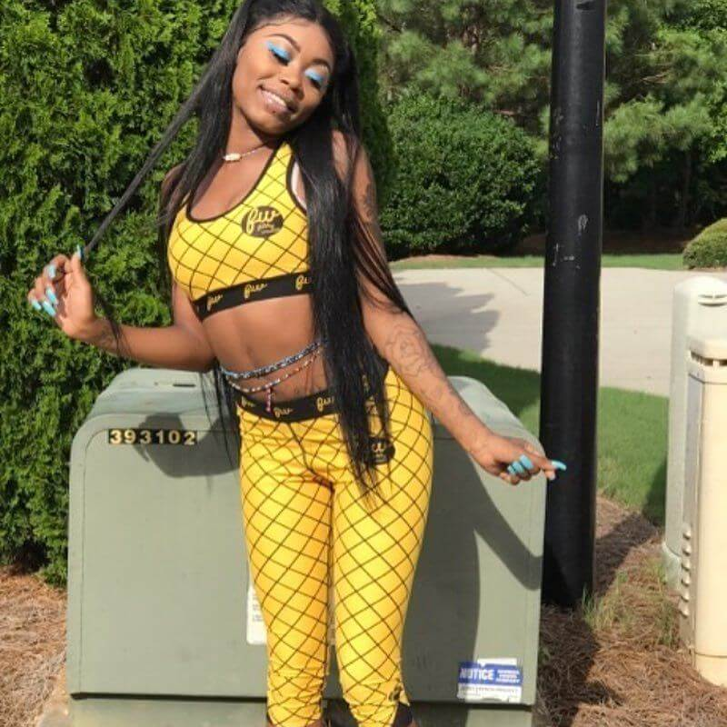 asian doll hot busty picture
