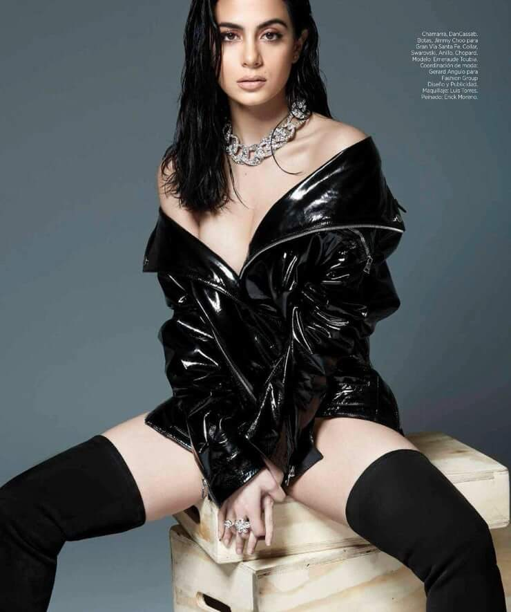 emeraude toubia hottie look