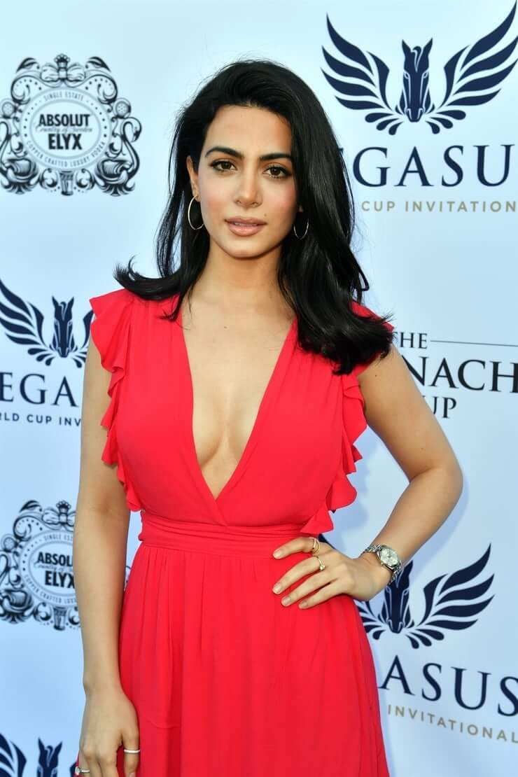 emeraude toubia sexy cleavage