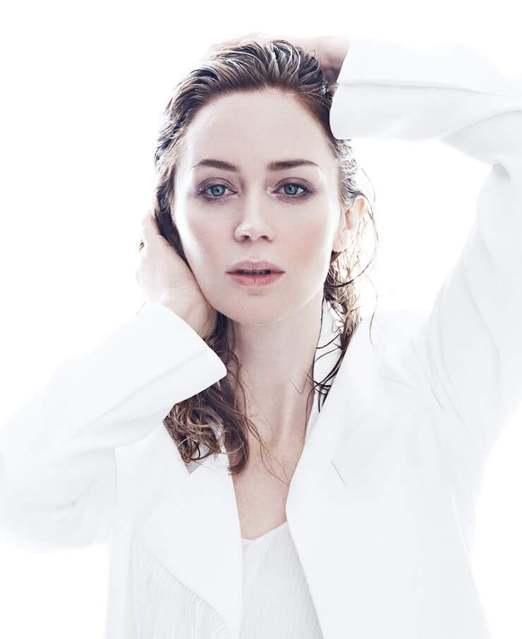 emily blunt hot white dress