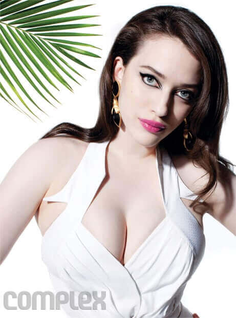 kat dennings hot cleavage