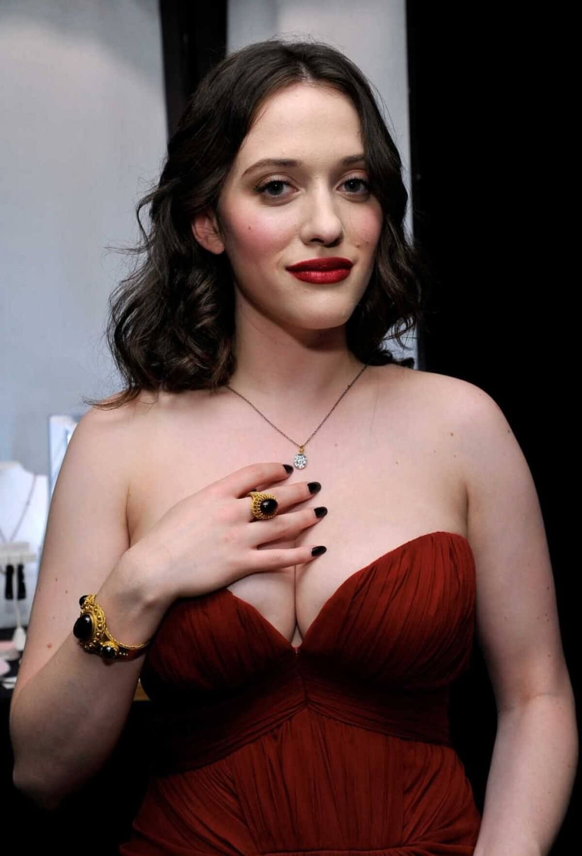 kat dennings hot picture