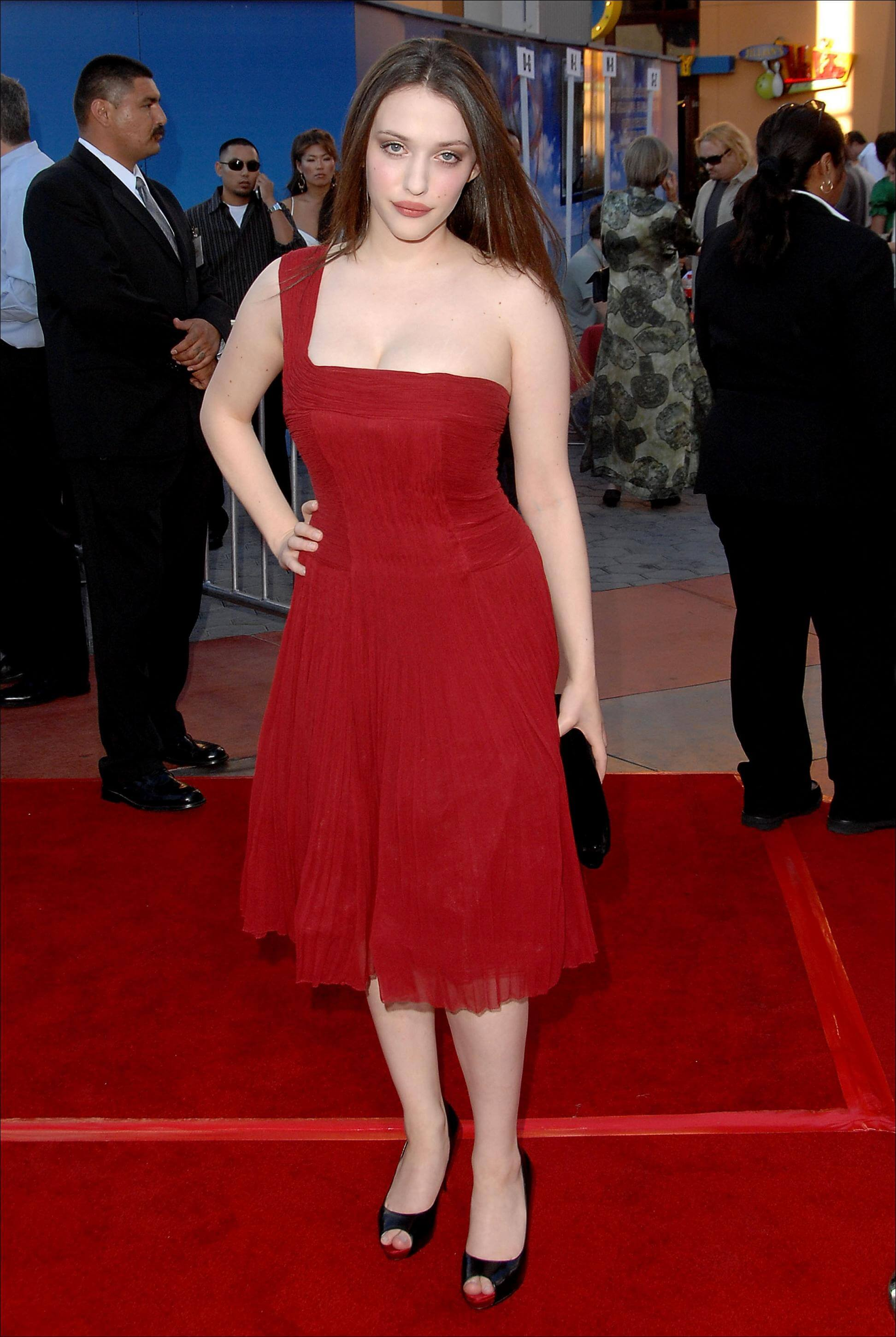 kat dennings hot red pic