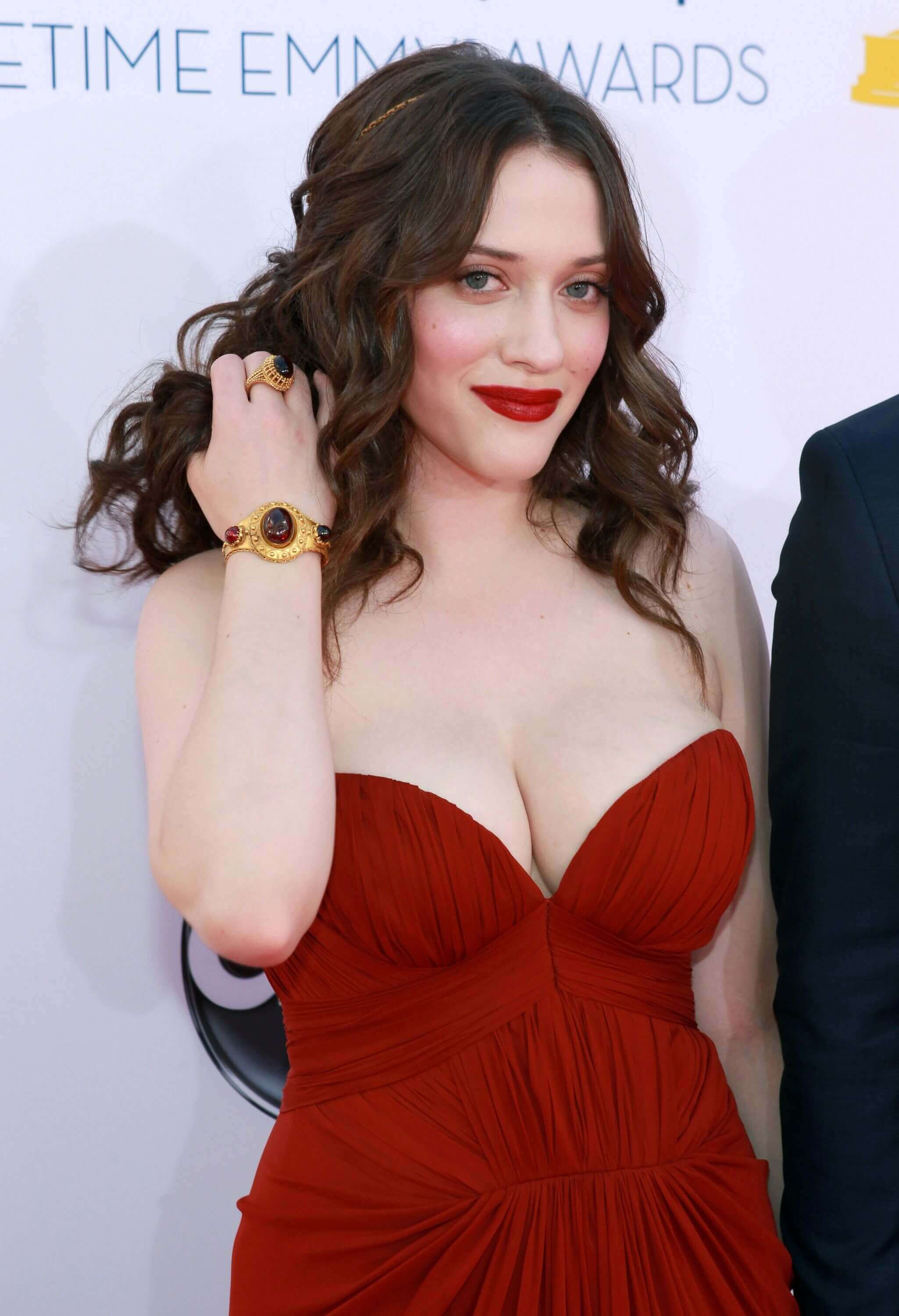 kat dennings red hot look