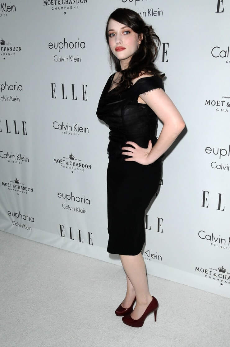 kat dennings tite black dress