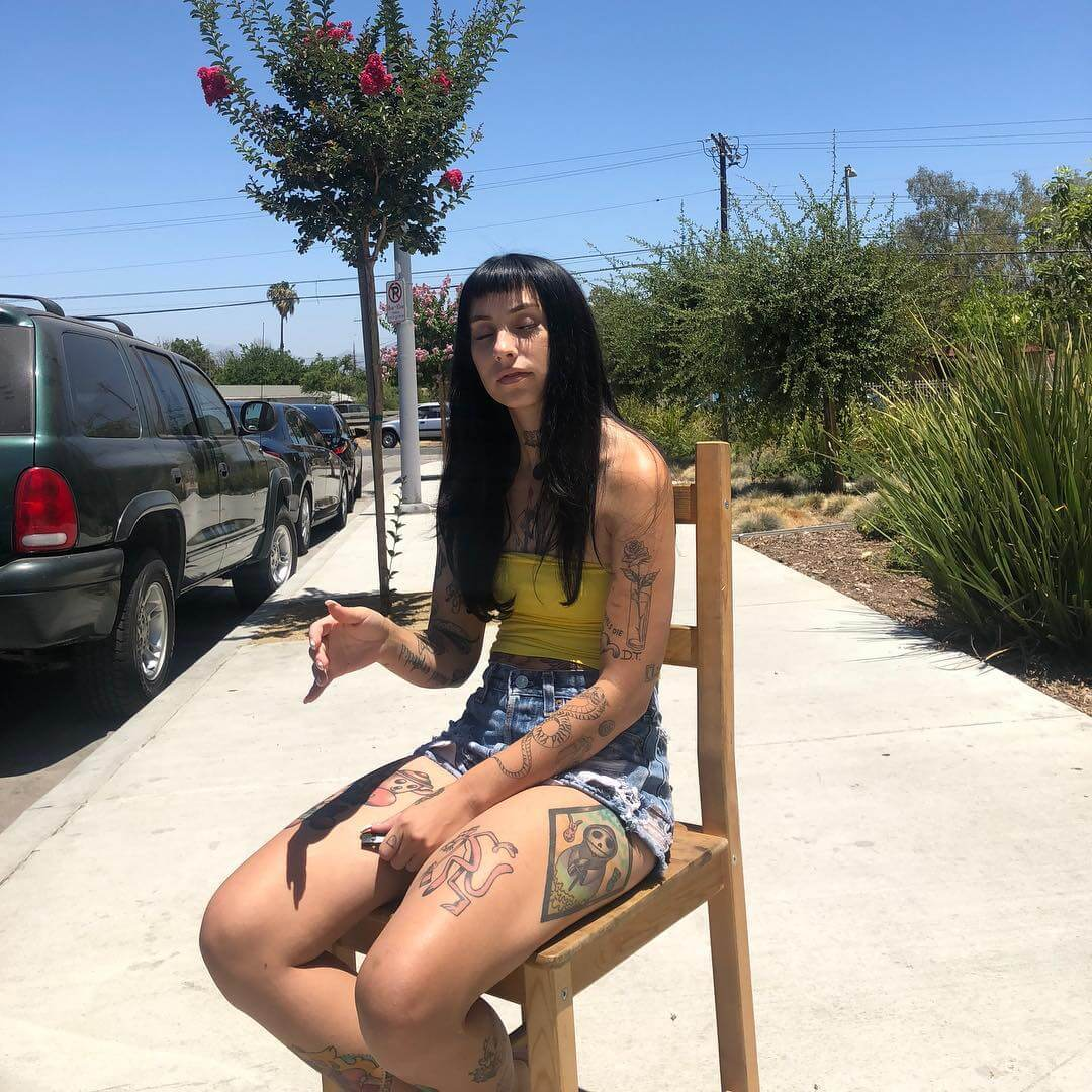 kreayshawn thighs pictures
