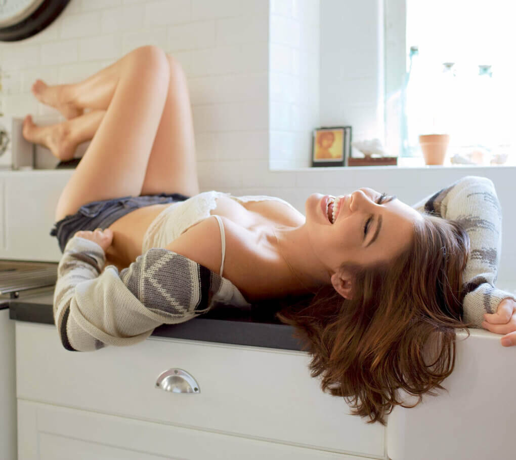 lauren cohan hot picture