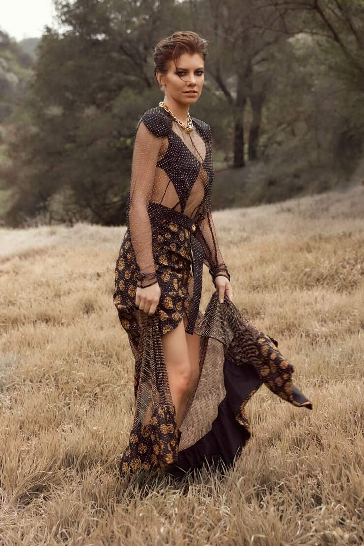 lauren cohan long dress pic