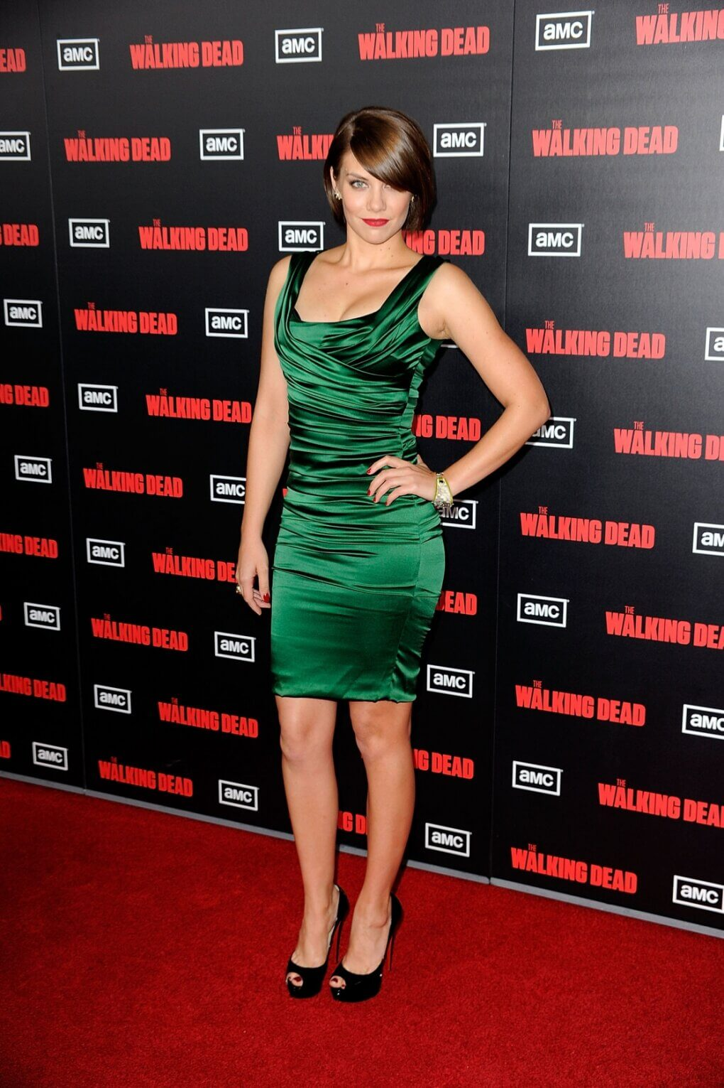 lauren cohan sexy green dress