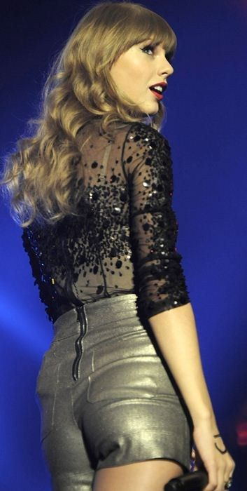 taylor swift hot picture