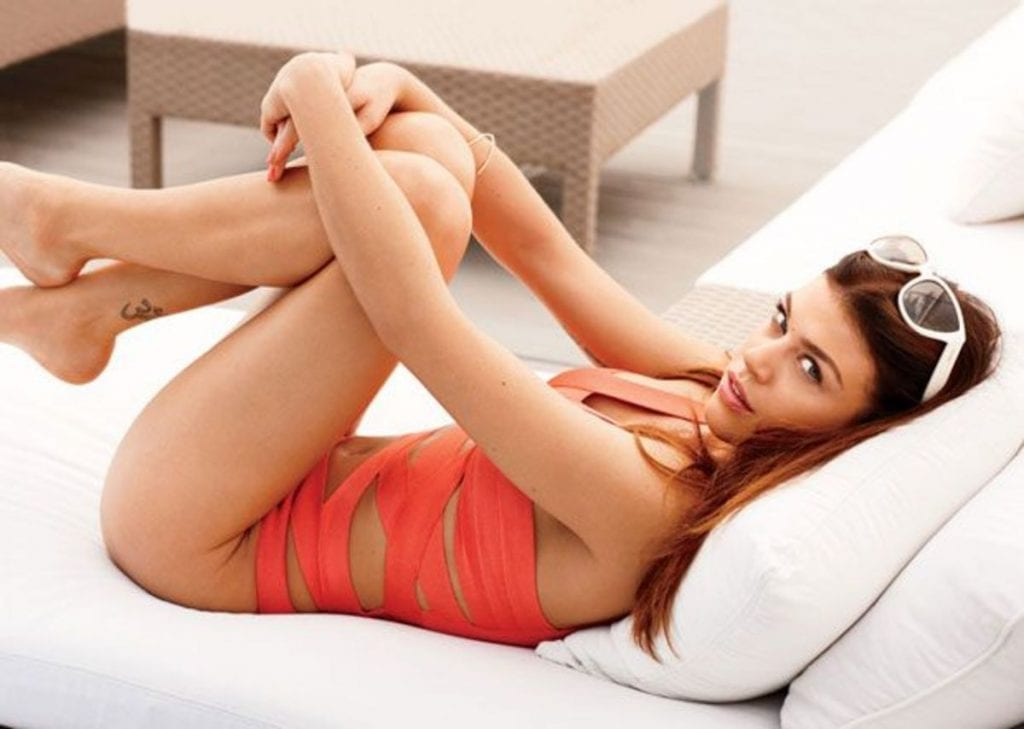 Adrianne-Palicki-sexy-and-hot-pic