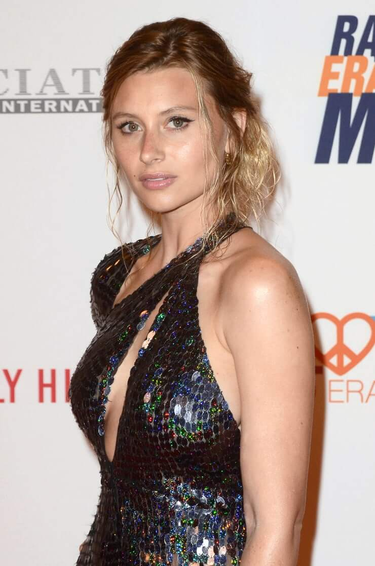 Aly Michalka Two And A Half Men Gif 49 hottest aly michalka big butt pictures which are sure to