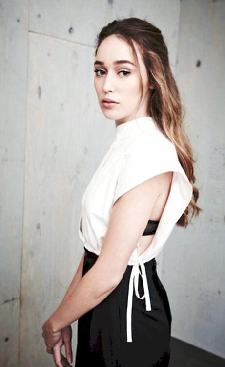 Alycia-Debnam-Carey-awesome