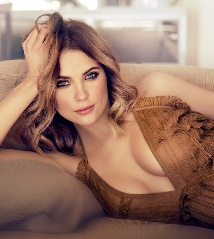 Ashley Benson sexy boobs pics (5)
