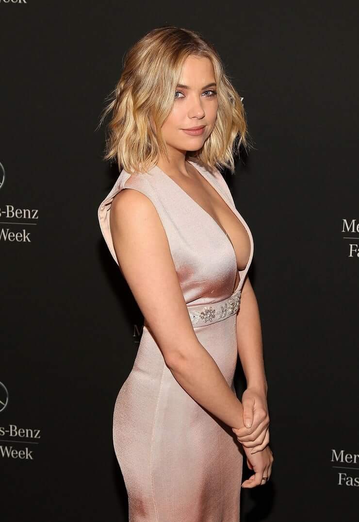 Ashley Benson sexy boobs pictures (4)