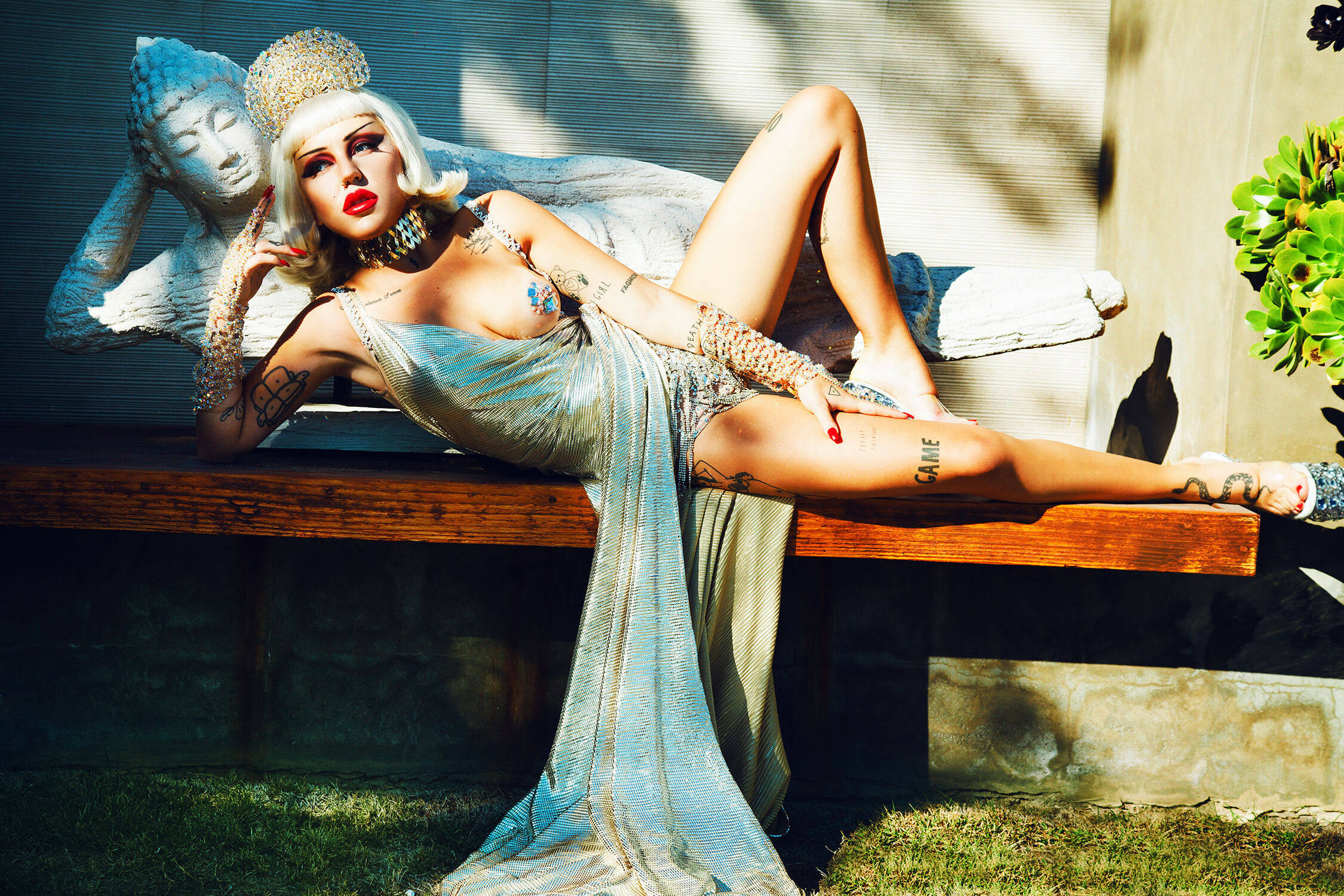 Brooke Candy hot leg