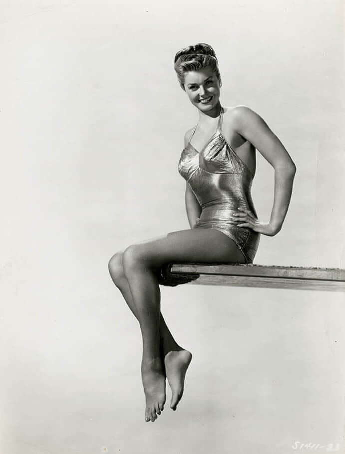 Esther Williams hot look pictures (4)