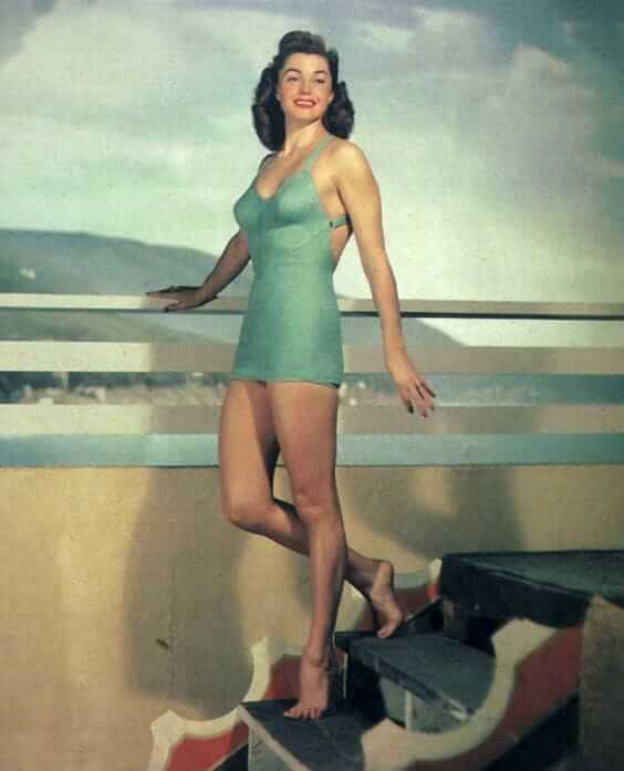 Esther Williams sexy legs pictures (10)