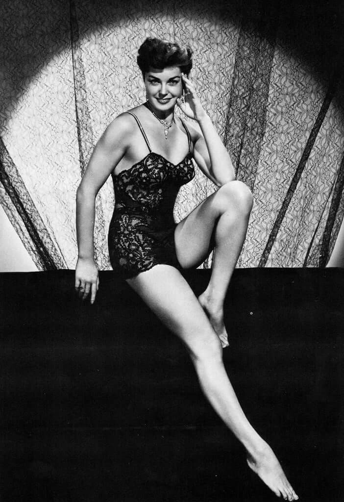 Esther Williams sexy legs pictures (11)