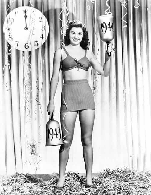 Esther Williams sexy legs pictures (4)