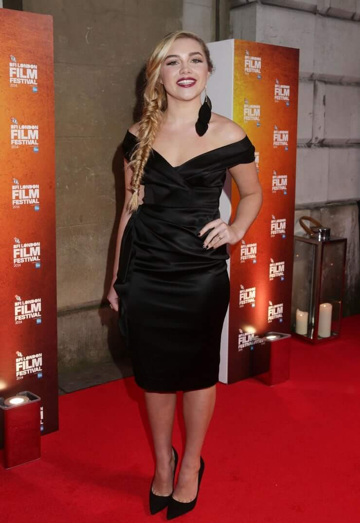 Florence Pugh sexy black dress