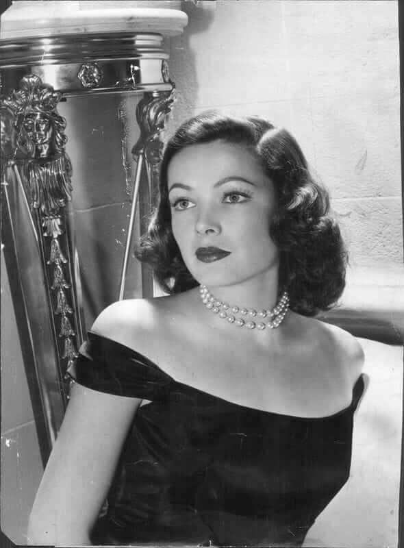 Gene Tierney hot looks pic (10)