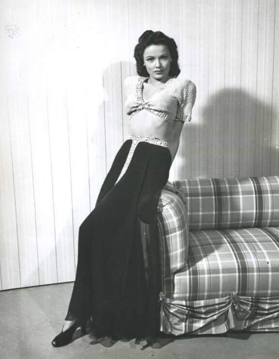 Gene Tierney hot looks pic (9)