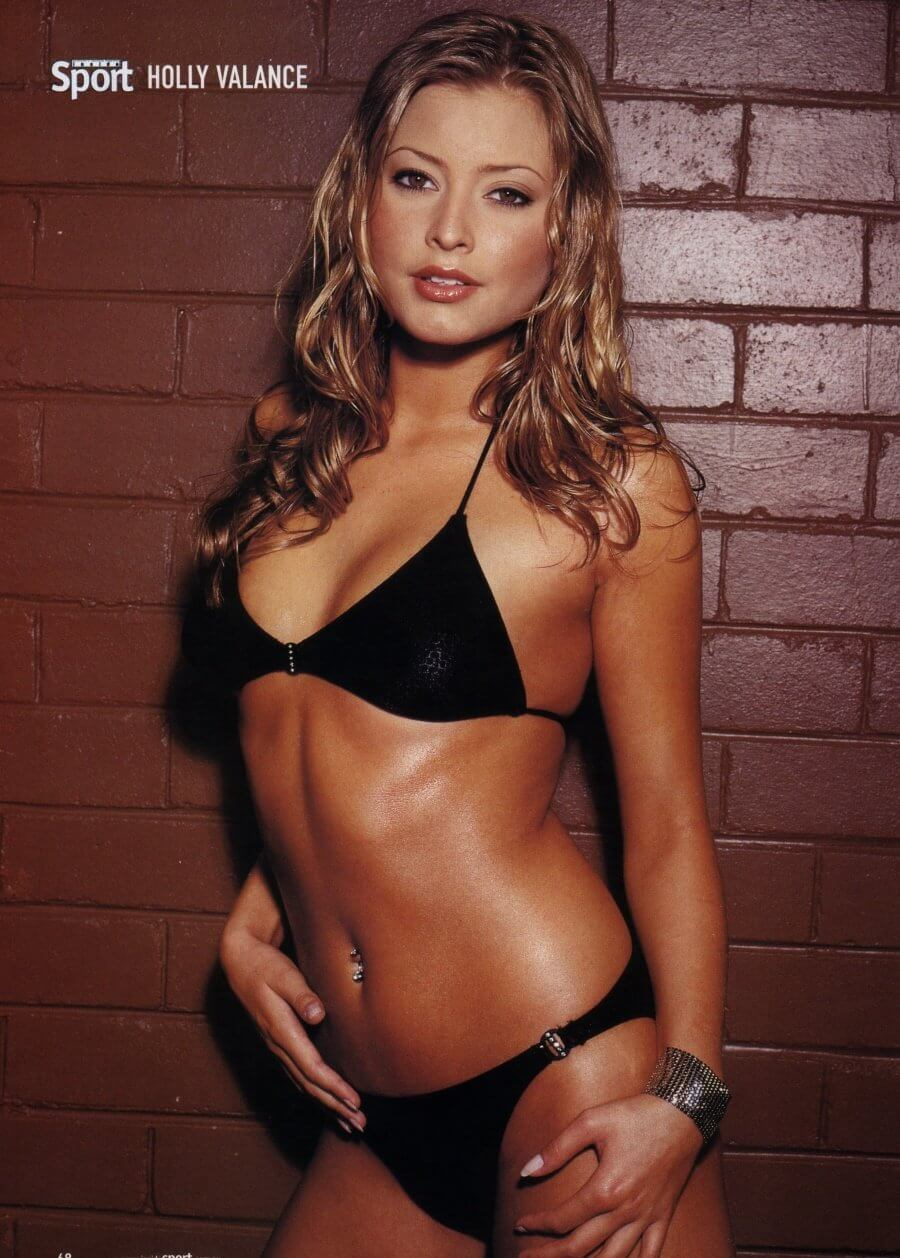 Holly Valance sexy bikini pictures (5)