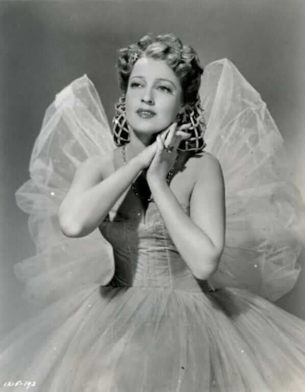 Jeanette MacDonald hot images (3)