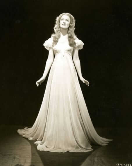 Jeanette MacDonald hot pictures (2)