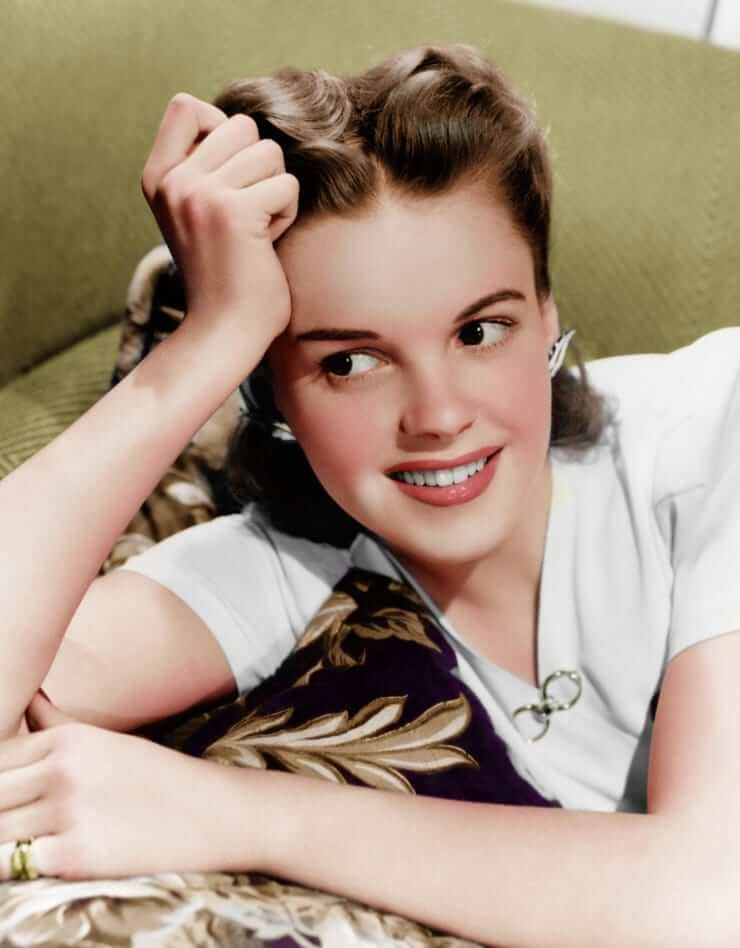 49 Hot Pictures Of Judy Garland Which Will Make You Want -7963