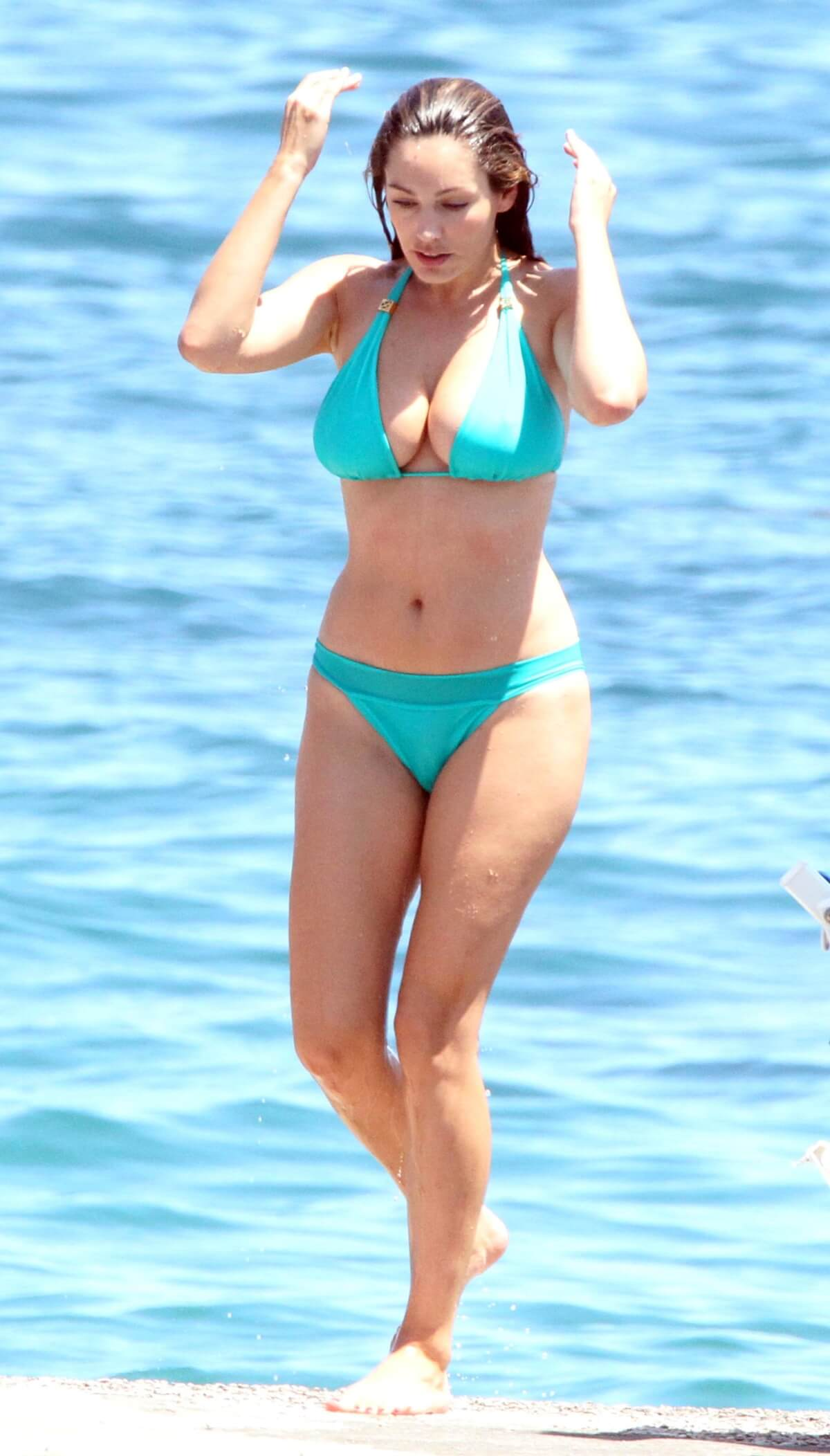 Kelly Brook Sexy in Blue Bikini in Italy-08