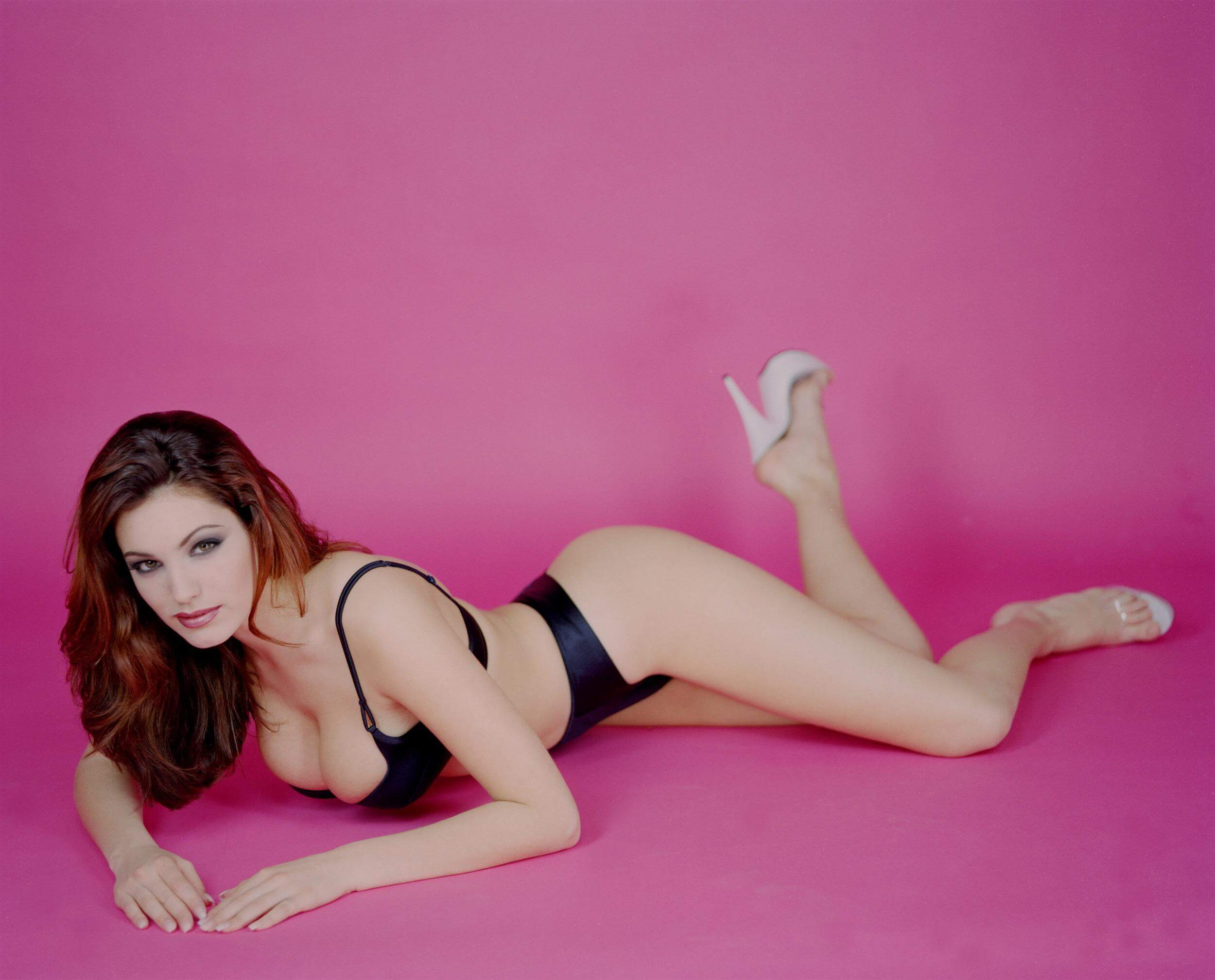 Kelly Brook awesome pics (3)