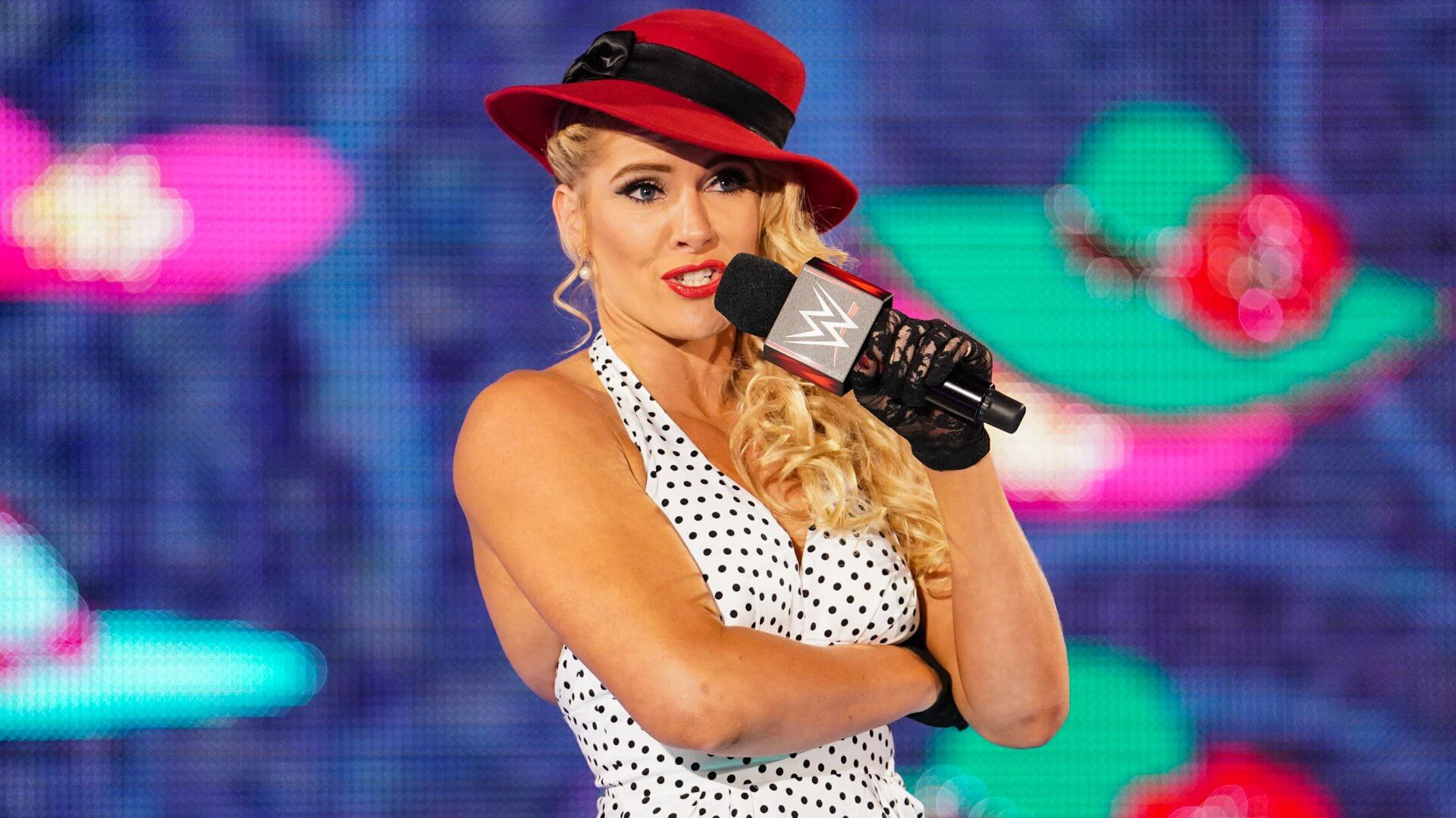 Lacey Evans hot cleavage pics (1)