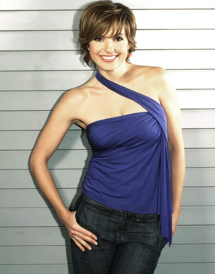 Mariska Hargitay awesome pictures