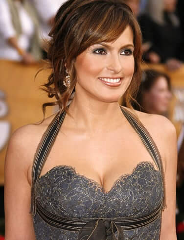 Mariska Hargitay sexy boobs picture