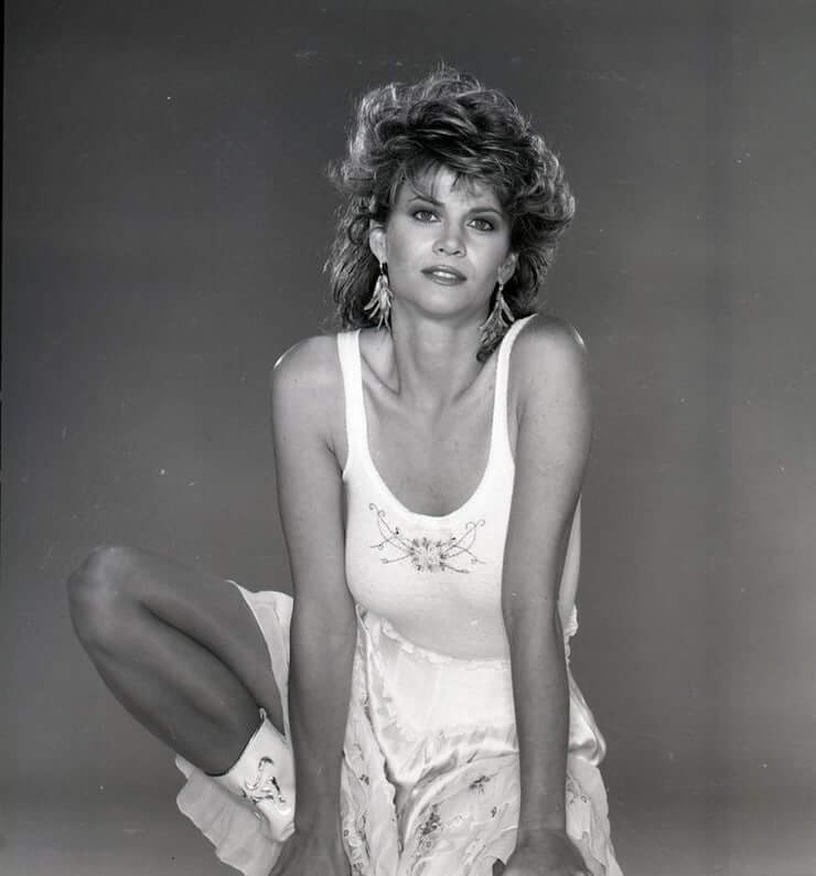 Markie Post sexy cleavage (3)