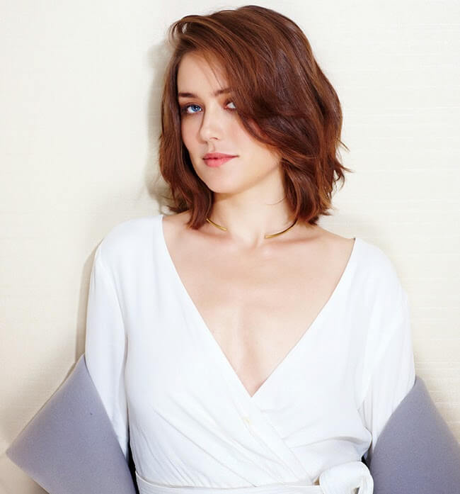 Megan Boone Hot