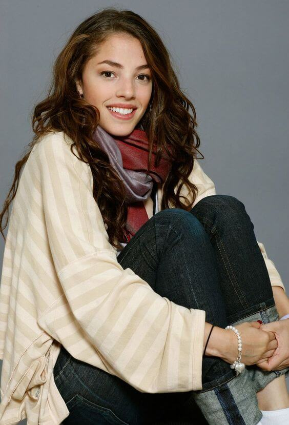 Olivia Thirlby hot side pic