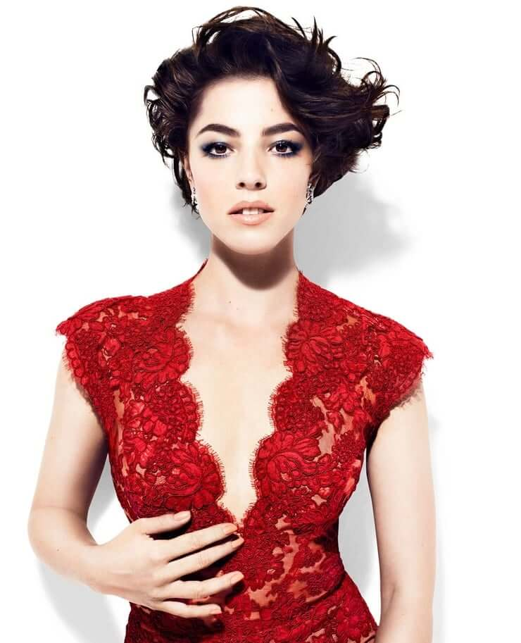 Olivia Thirlby sexy cleavage pictures