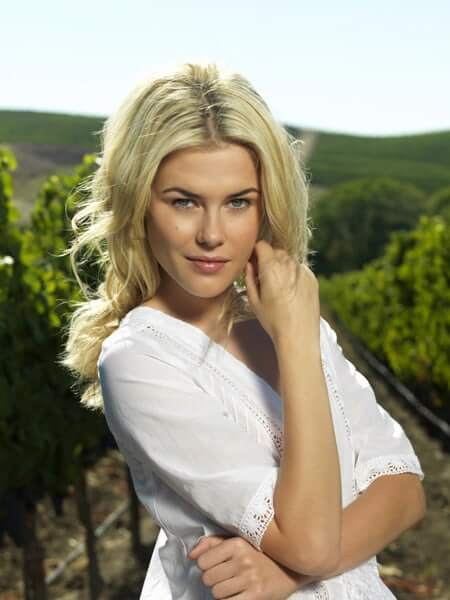 Rachael Taylor awesome picture