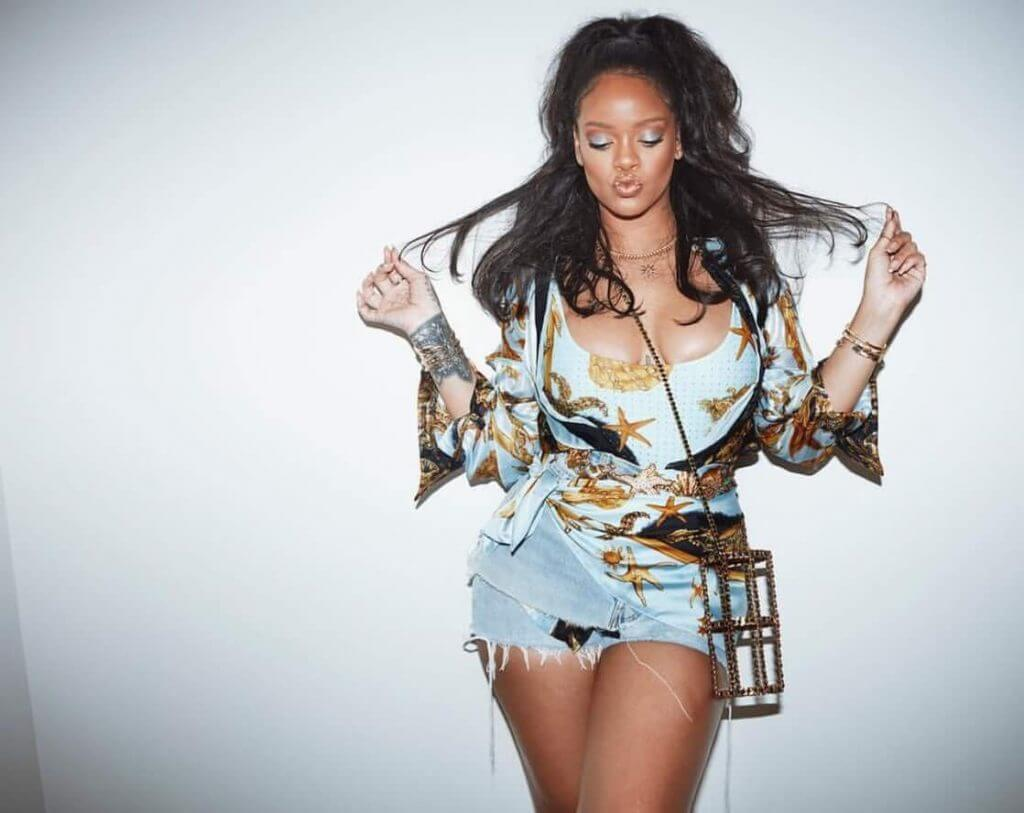 Rihanna beautiful pics (3)
